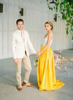Cuba-Wedding-Inspiration-Jose-Villa-Flowerwild-Venue-Report-24.JPG (600×819)
