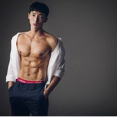 KOREAN HOT HUNK  Hot Body - @kimdong.0  #hothunkkorea  #korea #fitnessmodel #model #fitness #hothunk #hothunkasia #abs #model #muscle #sexy #sexyboy #sexybody #sixpack #abs #body #hotbody #sport