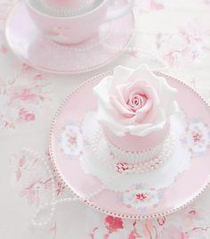pink pink pink💗💗💗💗💗💗not a recipe💗💗💗💗 Baby Pink Aesthetic, Aesthetic Food, Pretty Pastel, Pastel Pink, Image Pastel, Tenten Y Neji, Kawaii Dessert, Pink Foods, Cute Desserts