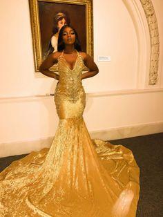 Prom Dresses Slay, Black Girl Prom Dresses, Split Prom Dresses, African Prom Dresses, Prom Outfits, Glam Dresses, Black Prom, Prom Girl, Event Dresses