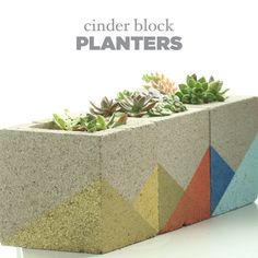 Put Succulents On Display With These Mod Concrete Planters - All About Garden Cinderblock Planter, Concrete Planters, Concrete Blocks, Planter Pots, Concrete Cloth, Wall Planters, Concrete Furniture, Concrete Crafts, Modern Planters