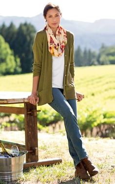 40 Stylish Fall Outfits For Women | http://stylishwife.com/2014/09/stylish-fall-outfits-for-women.html: - shopping for clothes online, ladies retail clothing stores, ladies clothing online stores *ad