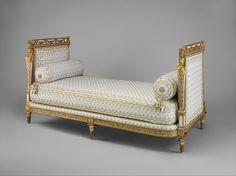 i want this!!!! Daybed [Marie Antoinette's Cabinet De Toilette, Château de Saint-Cloud] (1788)