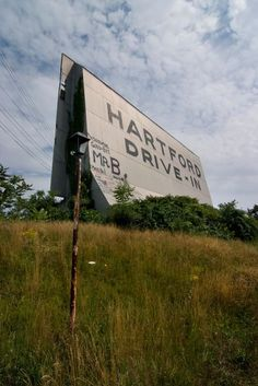 Hartford Drive-In: an Abandoned Drive-In Theater in Newington, CT Connecticut History, Hartford Connecticut, East Hartford, Abandoned Buildings, Abandoned Places, Abandoned Train Station, Drive In Movie Theater, Old Images, New England