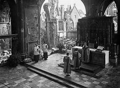 Mass in wartime.  Belgium? France?  (Can't find any info on this image, though it's all over the web, FB, Pinterest. rw)