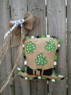 St Patricks Day Burlap Door Hanger Hat Decoration by nursejeanneg, $28.00