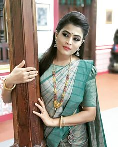 @veenaponnappa 😍🥰🤩😃 The best pic which  personally I liked the most ... The different shade of  Turquoise.. 🥰🤩