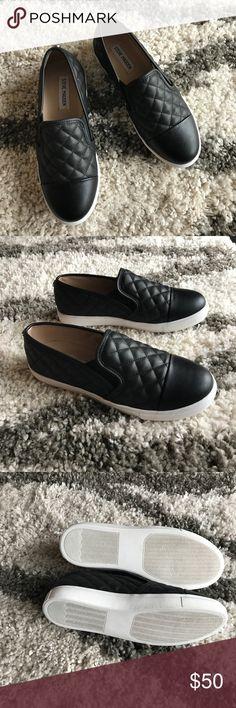 NWT Steve Madden Black Loafer Sliders Size 8.5 Love! Steve Madden Shoes Sneakers