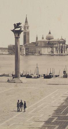 Venice, 1865 in piazza S.Marco ci sono 4 persone incredibile*silva*