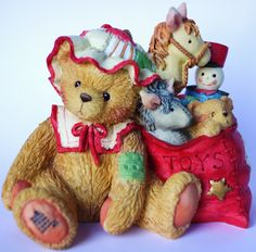 "Sammelfigur - Cherished Teddies - Weihnachten - Winter - CAROLYN - ""Wishing You All Good Things"""