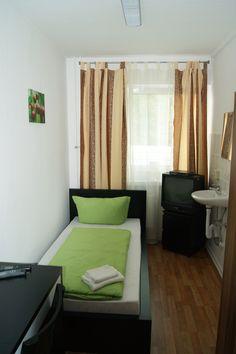 Single room, Hotel, Reiter, Berlin, Germany http://www.pension-reiter-berlin.de