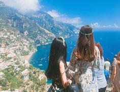 Instagram의 Seri-님: 바다 너무짱이쁘다ㅏ #유럽 #남부투어 #유럽 남부 #유럽여행 #대학생 #이탈리아 #뒷모습 #인스타그램