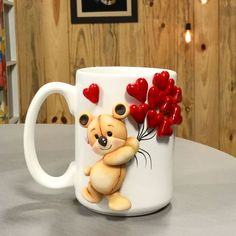 1 million+ Stunning Free Images to Use Anywhere Polymer Clay Christmas, Cute Polymer Clay, Polymer Clay Projects, Diy Clay, Crea Fimo, Clay Cup, Wreath Drawing, Pinterest Crafts, Diy Mugs