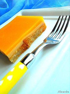 No-bake dessert with orange cream (from syntagesapospiti.blogspot.com)
