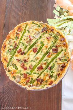 Asparagus Bacon Quiche | JavaCupcake.com //