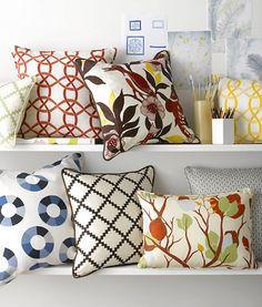 Chic bedroom pillow decor