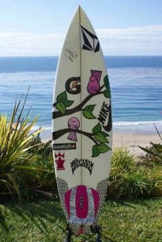 I've seen many surfboard drawling's but this is my favorite