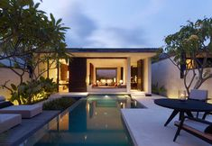 Architects: WOHA Location: Uluwatu, Bali, Indonesia Project Team: Richard Hassell, Wong Mun Summ, Chan Ee Mun, Ranjit Wagh, Mappaudang Ridwan Saleh, Alan Lau, Lai Soong Hai, Miikka Leppanen, Muhammad Sagitha Mechanical & Electrical Engr: PT. Makesthi Enggal Engineering Civil & Structural Engr: Worley Parsons Pte Ltd / PT. Atelier Enam Struktur Ecologically Sustainable Design Consultant: Sustaina..