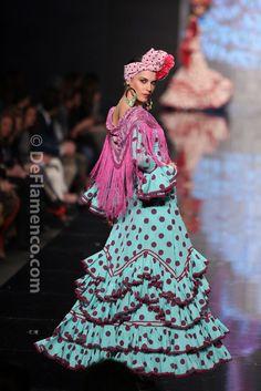 Fotografías Moda Flamenca - Simof 2014 - Rocio Peralta 'Despertares, ritmo y sabor' Simof 2014 - Foto 09