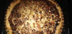 Tarta z mięsem mielonym na spodzie z ciasta francuskiego - main Nom Nom, Desserts, Food, Gastronomia, Tailgate Desserts, Deserts, Essen, Postres, Meals