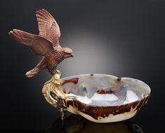 Snakeskin Jasper Sculpture of an Eagle on an Agate Bowl