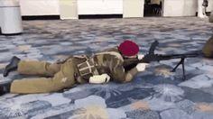 Battlefield 1 be like Funny Gaming Memes, Gamer Humor, Bad Memes, Funny Games, Funny Cute, Funny Kids, Hilarious, Gifs, Battlefield Memes