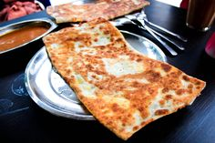 The Roti Prata House: 246M Upper Thomson Rd, Singapore 574370