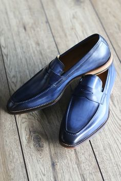 d68f4932251 Penny loafers look great in many colours