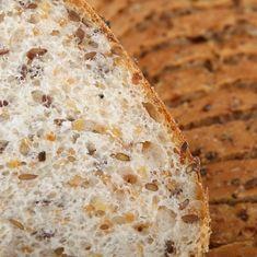 Pão de Especiarias Sem Glúten e Sem Lactose! A receita de pão de especiarias é perfeita para comer à vontade e sem peso na consciência pois é sem glúten e livre de lactose!