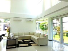 Rent this white mansion in Cebu City, Philippines. You'll love the large garden, mountain and city view http://www.propertyasia.ph/property/15561/4-bedroom-house-and-lot-for-rent-in-cebu-city