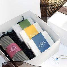 Caja de regalo grande formada por 3 jabones naturales y un aceite de Rosa Mosqueta. Productos de Campo di fiore