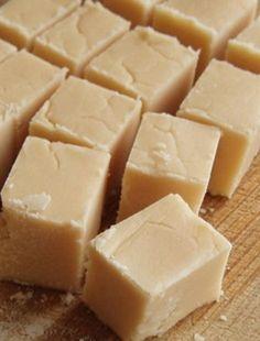 A classic vanilla fudge recipe made with corn syrup to prevent crystallization. This recipe will remind you of your favorite boardwalk fudge! Vanilla Fudge Recipes, Candy Recipes, Dessert Recipes, Free Recipes, Maple Fudge, Chocolates, Oh Fudge, Caramel Fudge, Butterscotch Fudge