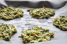 Cuketové placky - Antónia Mačingová Ratatouille, Sprouts, Spaghetti, Zucchini, Meat, Chicken, Vegetables, Healthy, Ethnic Recipes