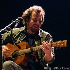 Ed Vedder solo concert in Portugal