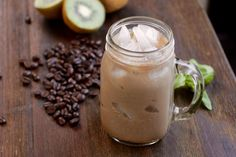 Cold-Brewed iced coffee - Make Cold-Brewd Ice Coffee at home! It's so easy!