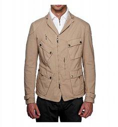BREMA Six Days Jkt. Giubbino storico di Brema adattato alla versione giacca. Relizzata in cotone e lycra, tinta in capo e dotata di 6 comode tasche sul davanti con quella destra leggermente inclinata.