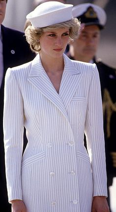 dianaspot: Princess of Wales arrives at the naval base on April 20, 1985 in La Spezia, Italy during the Royal Tour of Italy. Diana wore a dress by Catherine Walker with a hat by Kangol.