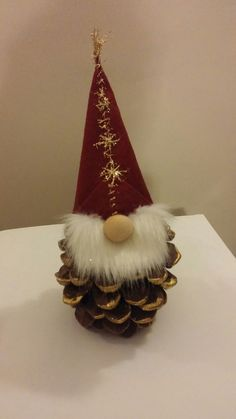 20 christmas gnome ornaments a quick, adorable craft 00012 * kebun. Gnome Ornaments, Diy Christmas Ornaments, Homemade Christmas, Christmas Decorations, Pinecone Ornaments, Pinecone Christmas Crafts, Christmas Gnome, Christmas Art, Christmas Projects