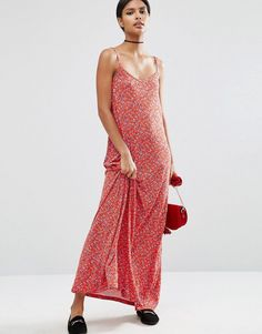 Buy it now. ASOS Strappy Maxi Dress In Ditsy Floral Print - Multi. Maxi dress by ASOS Collection Printed knitted fabric Soft V-neckline Cami straps Square back Relaxed fit Machine wash 100% Viscose Our model wears a UK 8/EU 36/US 4 and is 175cm/5'9 tall , vestidoinformal, casual, camiseta, playeros, informales, túnica, estilocamiseta, camisola, vestidodealgodón, vestidosdealgodón, verano, informal, playa, playero, capa, capas, vestidobabydoll, camisole, túnica, shift, pleat, pleated, drap...