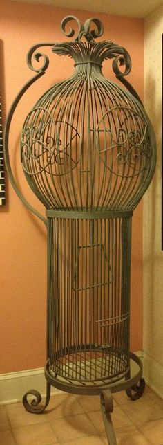 US $1,200.00 Used in Collectibles, Decorative Collectibles, Bird Houses, Feeders