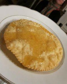 Seadas or sebadas: how to make Sardinian cheese pastry