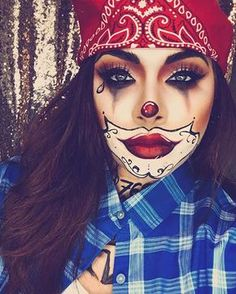 Looking for for ideas for your Halloween make-up? Browse around this site for unique Halloween makeup looks. Gruseliger Clown, Creepy Halloween Makeup, Halloween Eyes, Halloween Looks, Costume Halloween, Halloween Recipe, Women Halloween, Halloween Nails, Halloween Crafts