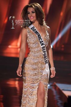 MISS UNIVERSE 2015 :: PRELIMINARY EVENING GOWN COMPETITION | Clarissa Molina, Miss Universe Dominican Republic 2015, competes on stage in her evening gown during The 2015 MISS UNIVERSE® Preliminary Show at Planet Hollywood Resort & Casino Wednesday, December 16, 2015. #MissUniverse2015 #MissUniverso2015 #MissDominicanRepublic #MissRepublicaDominicana #ClarissaMolina #PreliminaryCompetition #EveningGown #LasVegas #Nevada