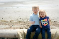 children's photography at the beach