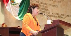 """Neli Espinosa, legisladora del partido Morena (Movimiento Regeneración Nacional) urgió implementar """"La Alerta Rosa"""" en Oaxaca"""