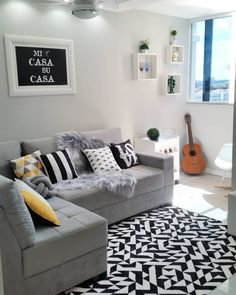A identificação com cores neutras vai muito além da decoração! Sempre esteve comigo na hora de se vestir...então passar isso para o… Small Living Rooms, Living Room Modern, Living Room Designs, Living Room Decor, Deco Addict, Home Hacks, Bars For Home, Home Renovation, Home Furniture