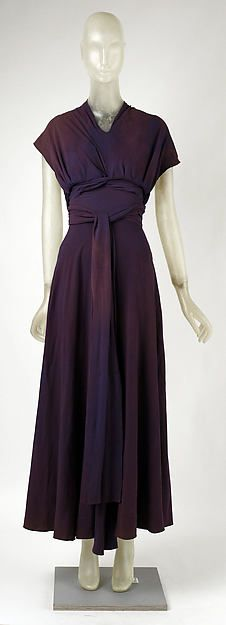 Evening dress (image 1) | Madeleine Vionnet | French | 1934 | silk | Metropolitan Museum of Art | Accession Number: 1979.344.1