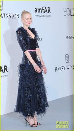 Nicole Kidman, Uma Thurman, & Eva Longoria Stun for amfAR Cannes Gala 2017!