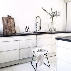 | kitchen | Home | Morning | #frustilista#jennyhjalmarsonboodsen#instablogger#kitchen#white#home#interiorforinspo#