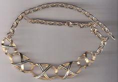 AVON Bamboo Trellis Necklace 1992 Gold tone